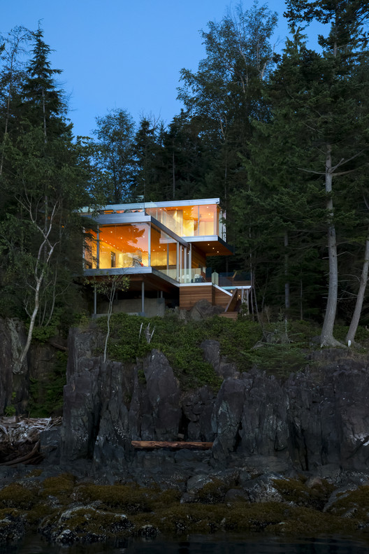 The Gambier Island House / Mcfarlane Green Biggar Architecture + Design , Courtesy of office of mcfarlane biggar (omb)