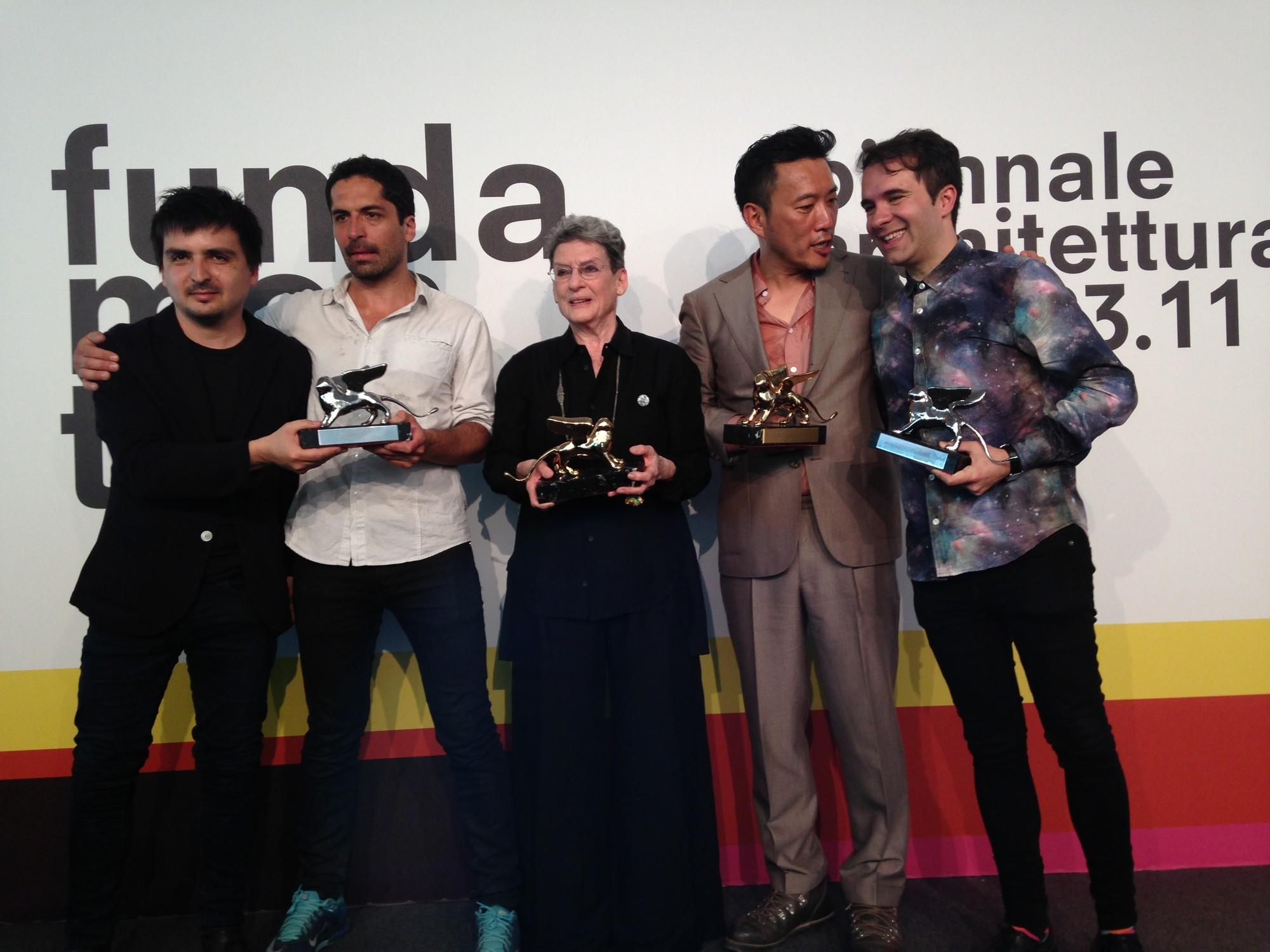 Bienal de Venecia 2014: Chile, Corea, y el español Andrés Jaque, entre los ganadores, Pedro Alonso, Hugo Palmarola, Phyllis Lambert, Minsuk Cho y Andrés Jaque. Image © Pola Mora