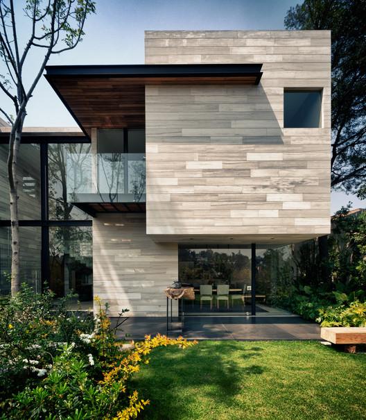 Casa Guanábanos / Taller Hector Barroso