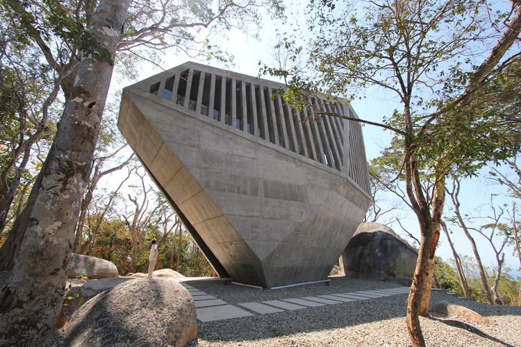 Premio Obra del Año 2011 se va a México, Capilla del Atardecer / BNKR Arquitectura