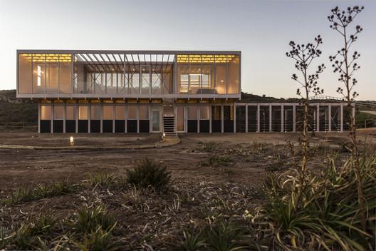 Casa Tunquén / Nicolas Loi