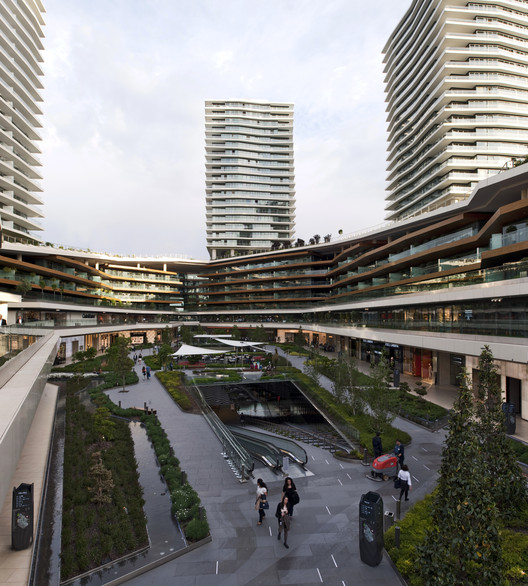 Zorlu Center / Tabanlioglu Architects + Emre Arolat Architects