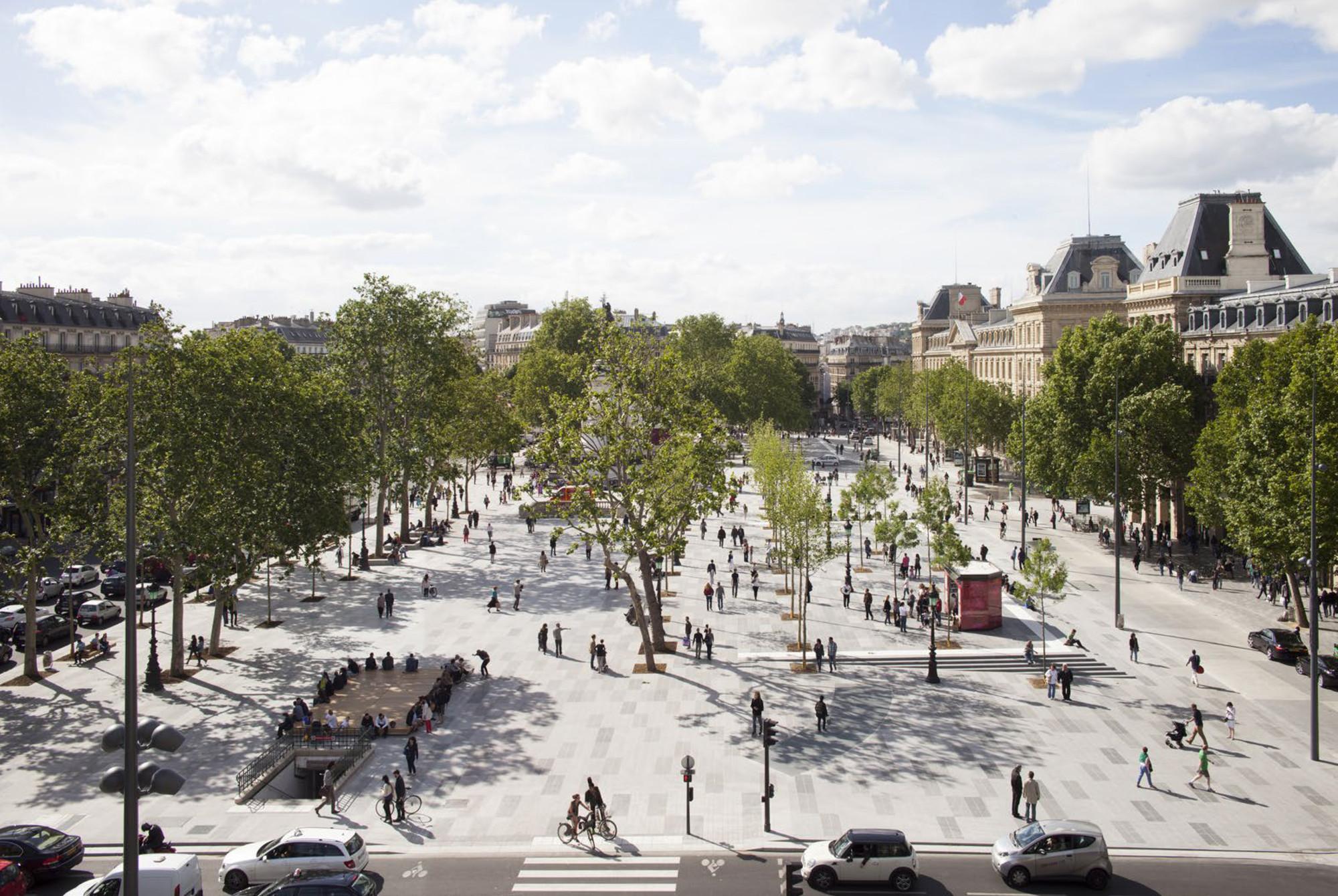 Arquitectura y Paisaje: la mayor plaza peatonal de París convertida en un centro de intercambio y movimiento, © Clement Guillaume