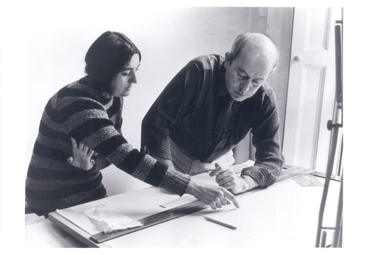 Alison and Peter Smithson (year unknown)