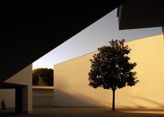 Serralves Foundation - 1999. Image © Fernando Guerra | FG+SG