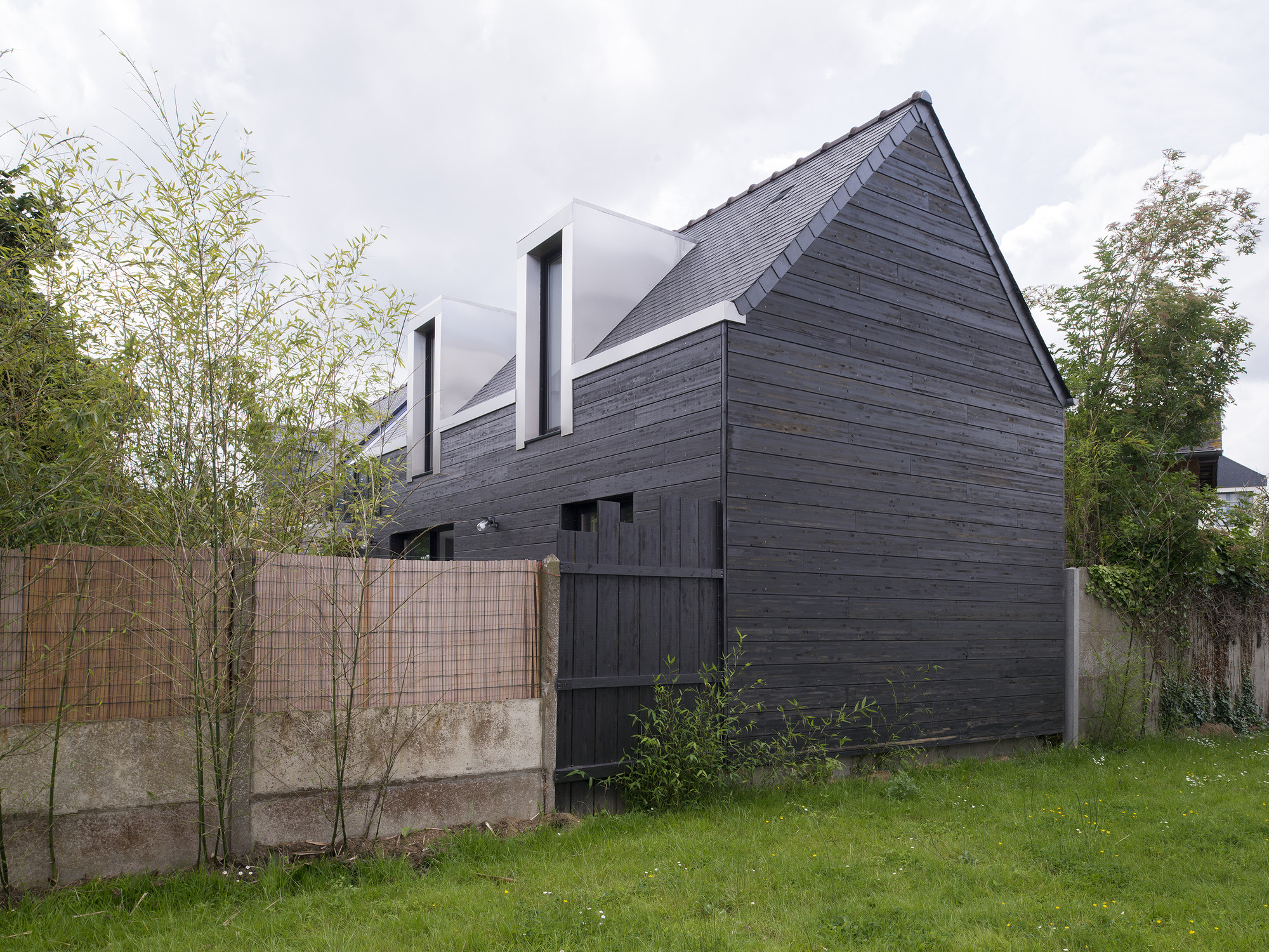 Gallery of the house between cl ment bacle architect 5 for Extension maison 53