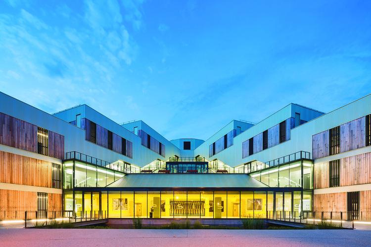 Escola de Engenheiros em Bretanha / ANMA, © Sergio Grazia