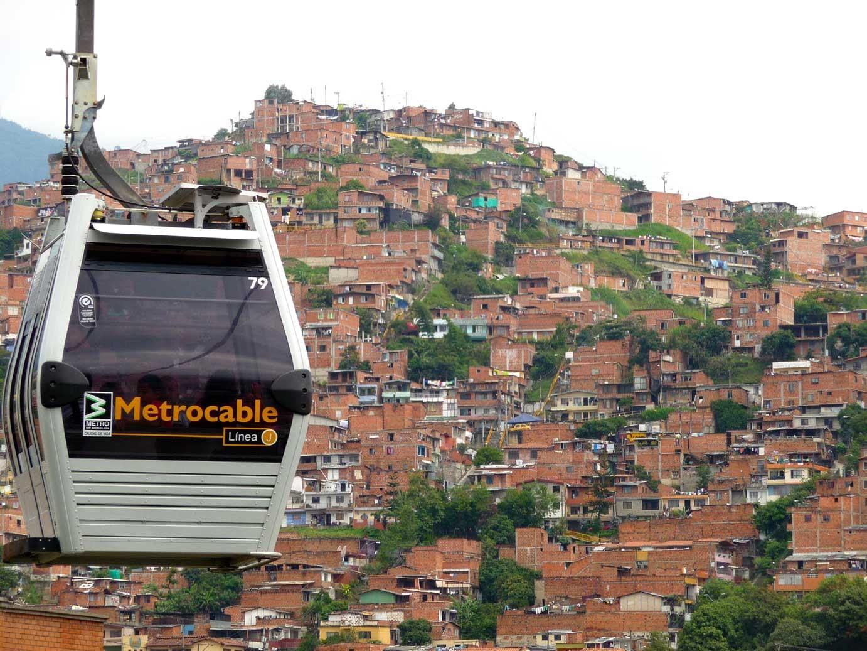 Colaboración entre sistemas territoriales complejos, diálogos entre Medellín y Valparaíso, Courtesy of Fundación Puerto de Ideas