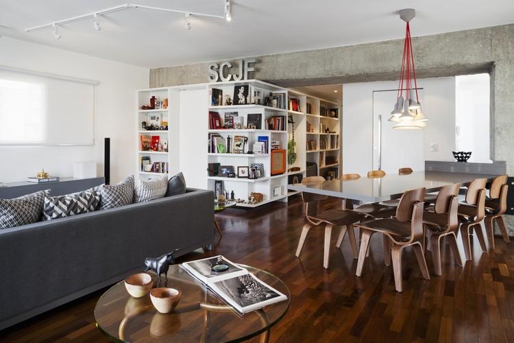 Apartamento em Higienópolis / CR2 Arquitetura, © Rafaela Netto