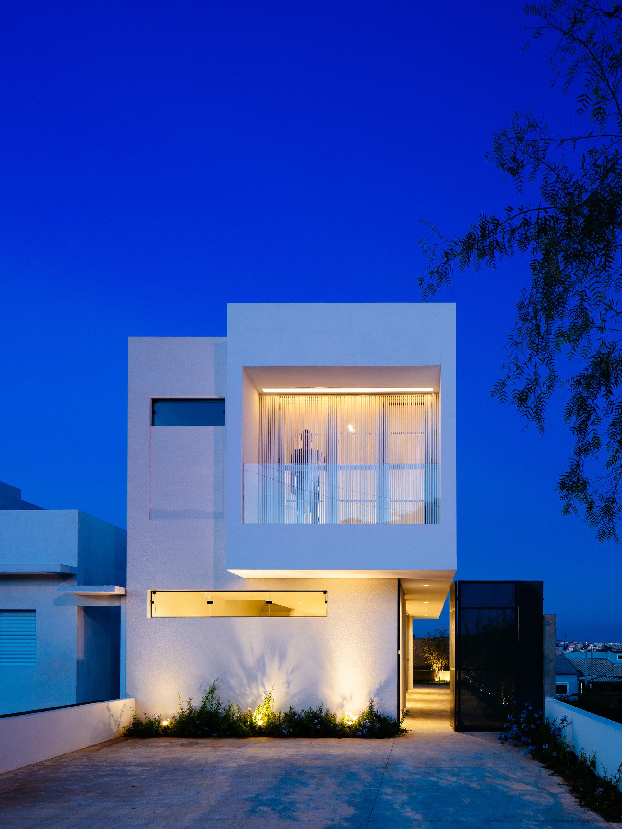 Gallery of sorocaba house estudio bra arquitetura 3 for Casa minimalistas