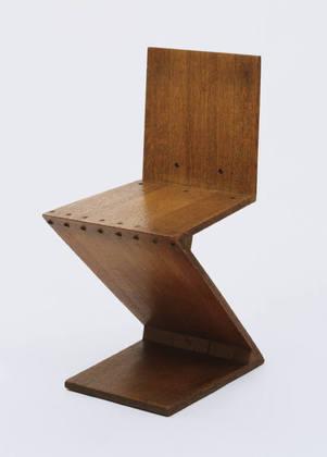 Silla Zig Zag / Gerrit Rietveld   Plataforma Arquitectura