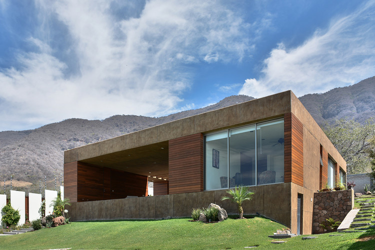 Casa Pátio em El Limón / Villar Watty Arquitectos, © Diego Serratos