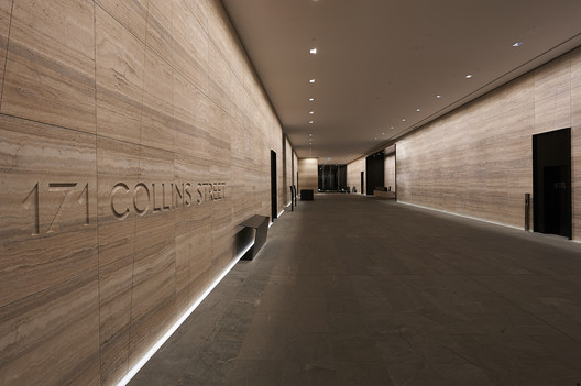 Light Matters: Creating Walls of Light