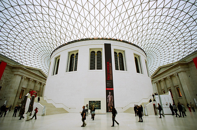 """Has London's British Museum Become a """"Mall""""?, The Great Court / Fosters + Partners. Image © janis.photo"""