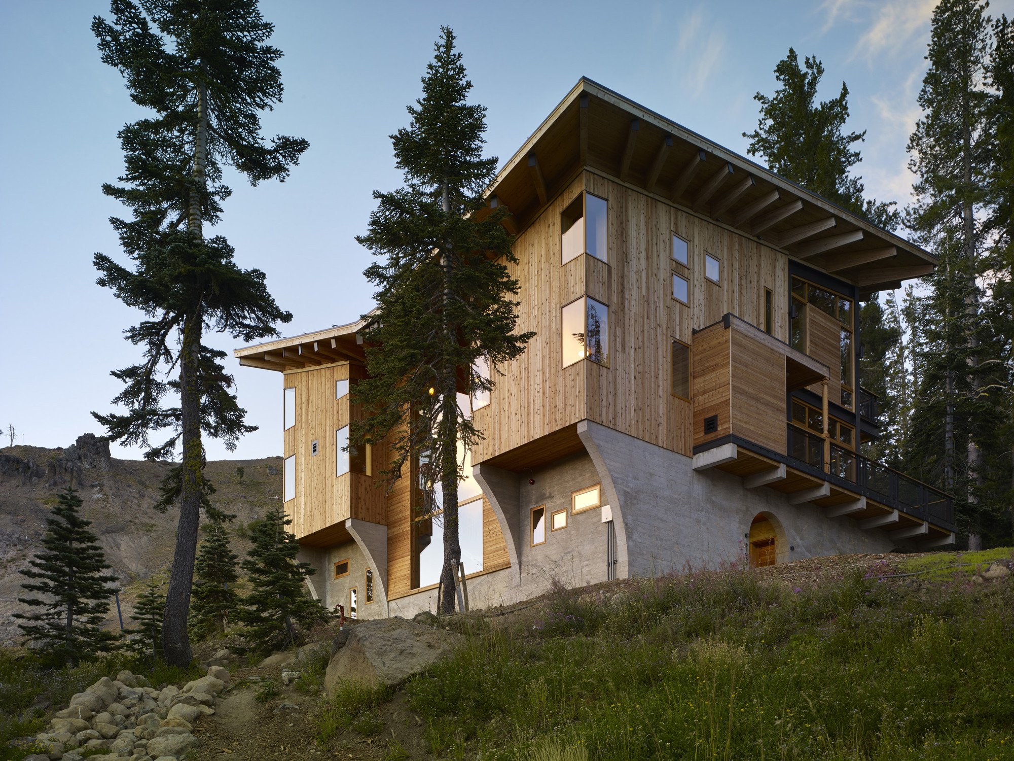 The Crow's Nest  / BCV Architects, © Bruce Damonte