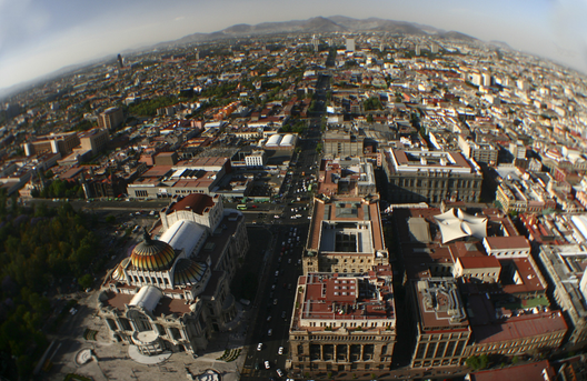 1402893606_ciudad_de_mexico_por___j__bilo__haku___flickr