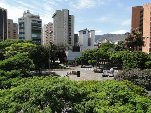 1402895189_belo_horizonte_brasil_por_whltravel_via_flickr
