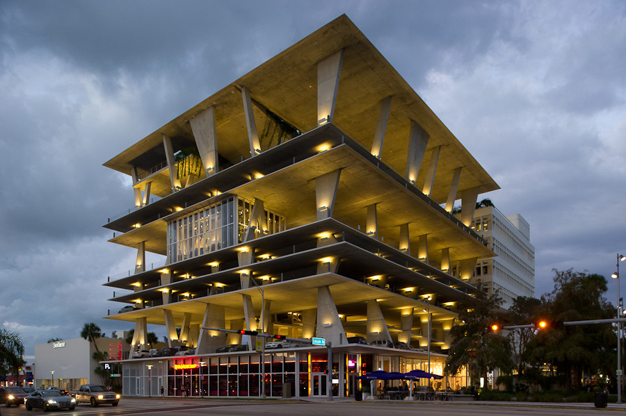 From Facades to Floor Plates & Form: The Evolution of Herzog & de Meuron, Herzog & de Meuron's 1111 Lincoln Road, Miami Beach, Florida, USA (2005-2008, realisation 2008-2010). Image Courtesy of Xavier de Jauréguiberry