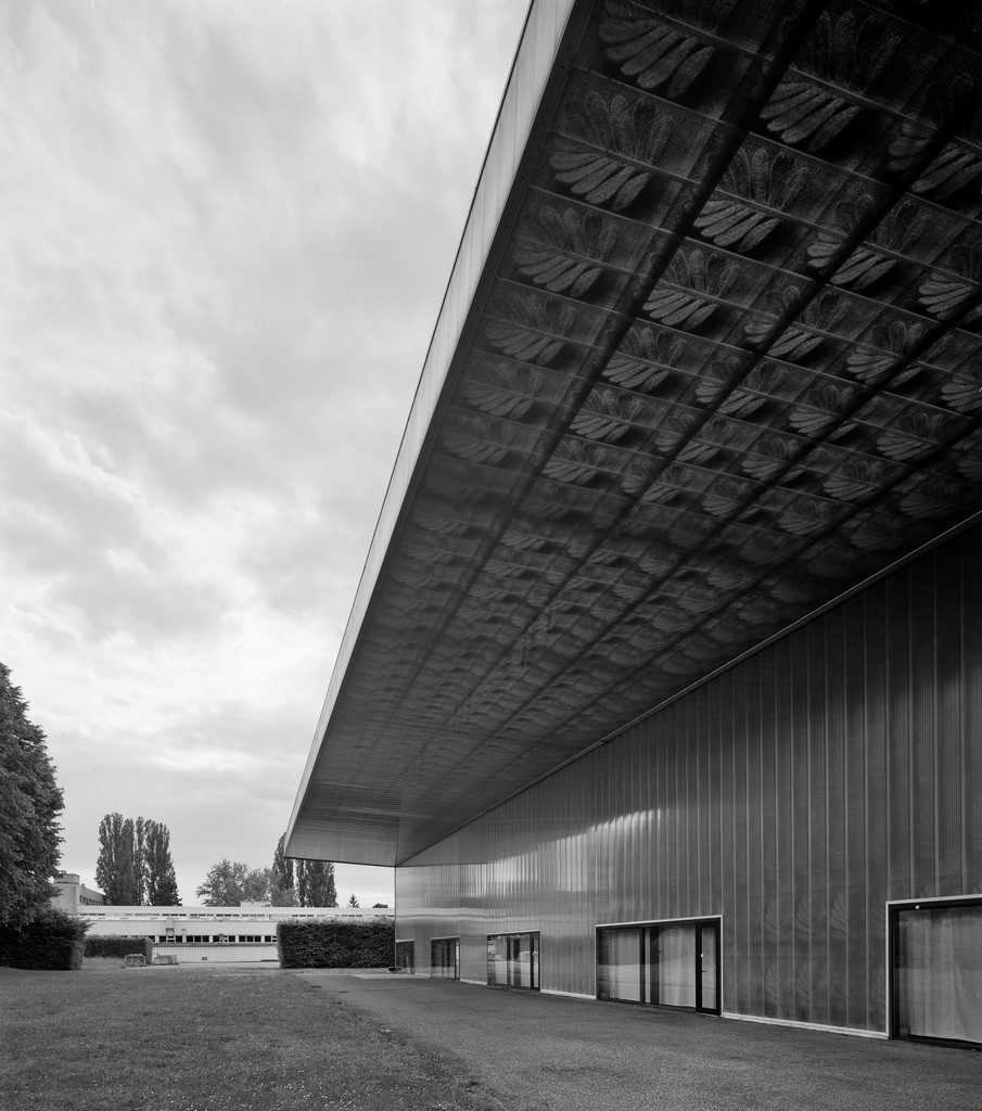 Gallery of From Facades to Floor Plates & Form: The
