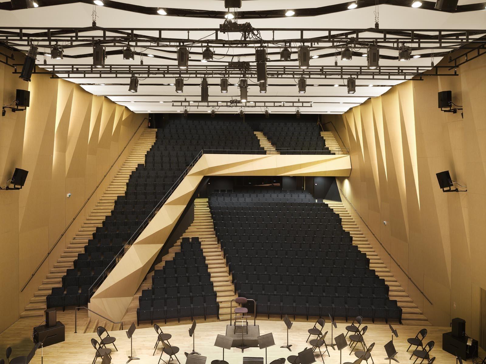 Construction Aix En Provence aix en provence conservatory of music / kengo kuma and