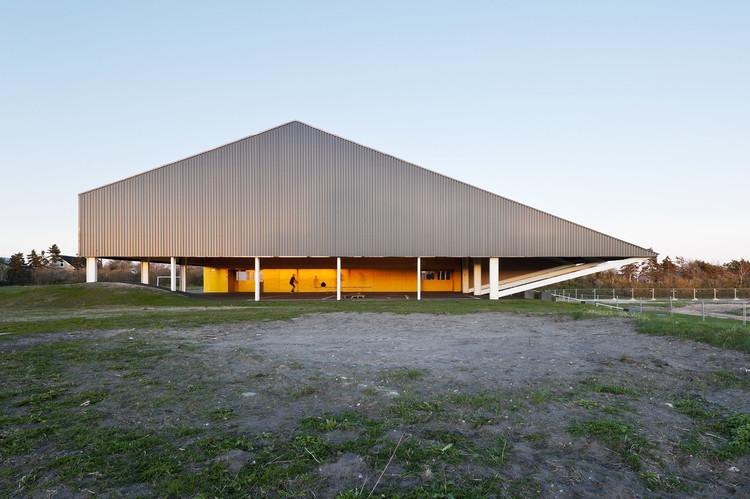 Centro deportivo en Løgstør / CEBRA, © Mikkel Frost