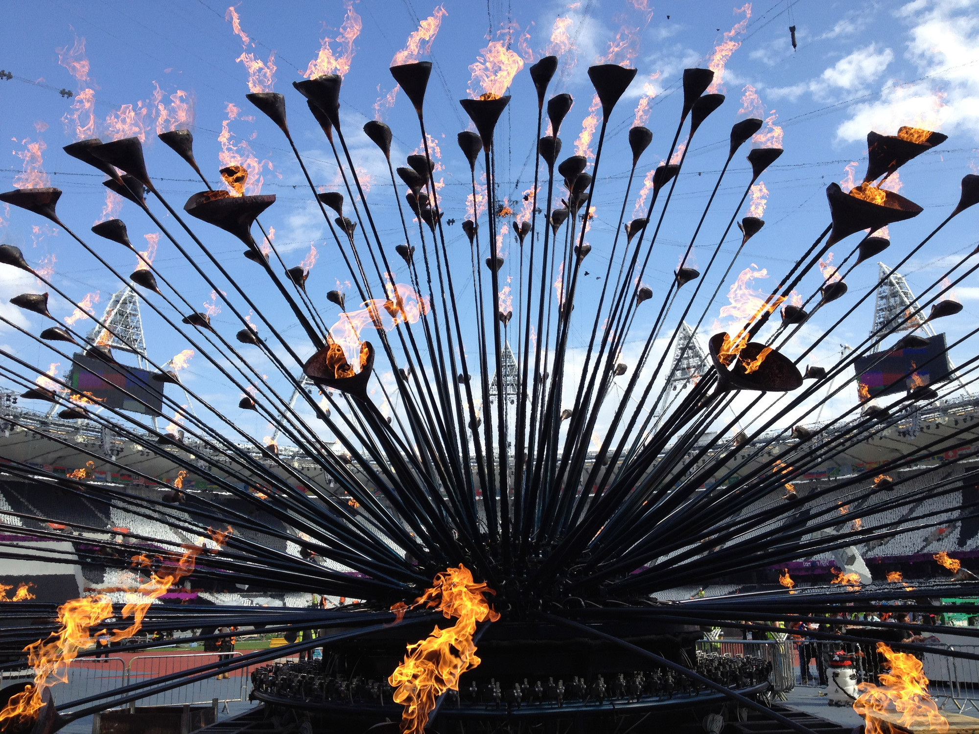 Exhibition / Designing a Moment: The London 2012 Cauldron, Courtesy of Heatherwick Studio