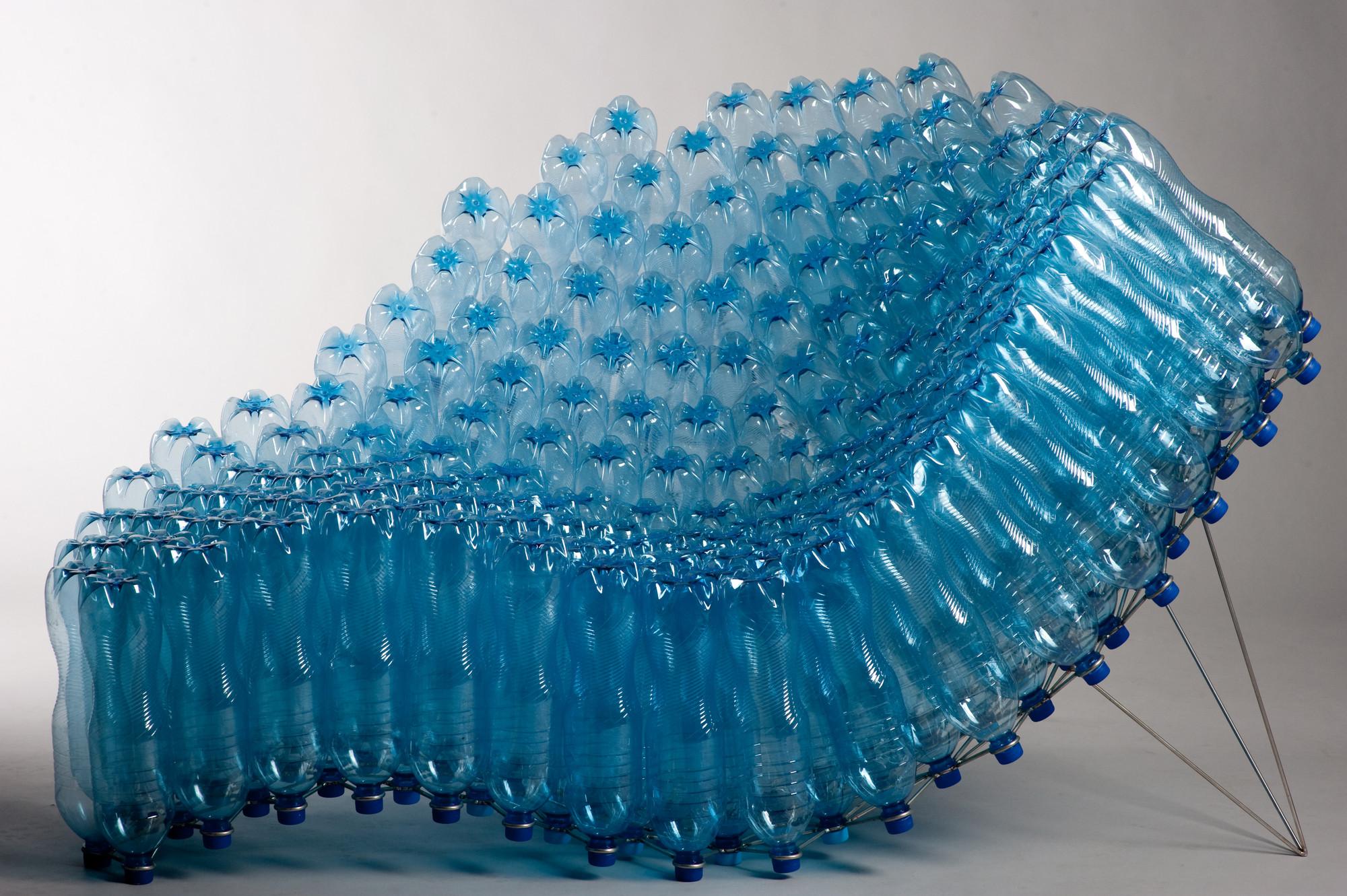 Silla de botellas / Pawel Grunert , Cortesia de Paweł Grunert