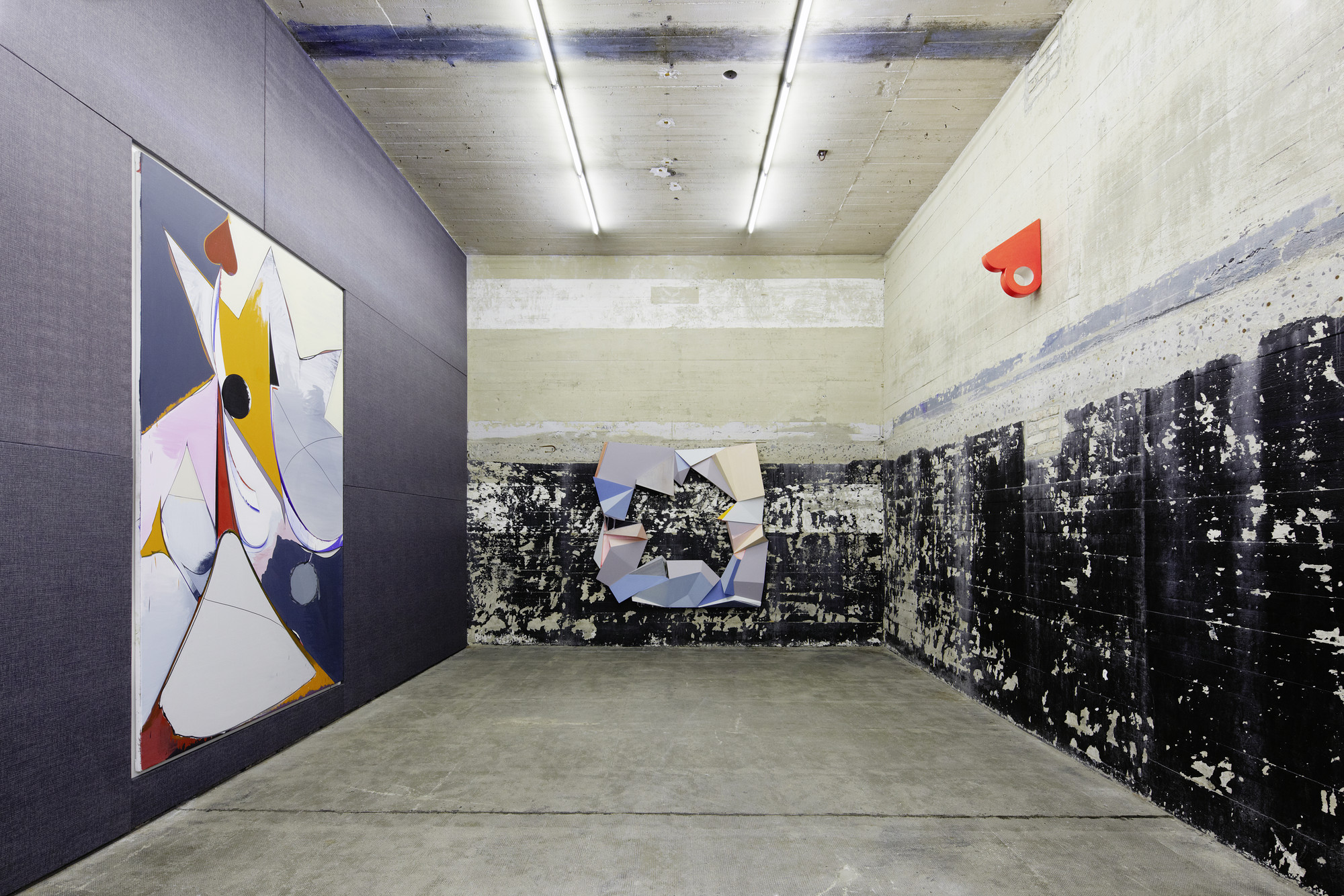 750 Cubic Meters of Extracted Concrete Turned This Nazi Bunker Into a Gallery & Home, © NOSHE