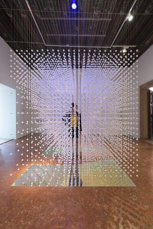 Bekkering Adams Create Hanging Installation in Venice, © Jeroen Musch