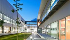 Escuela Tecnica Superior De Ingenieria (ETSE) / Francisco Candel + Luis Carratalá