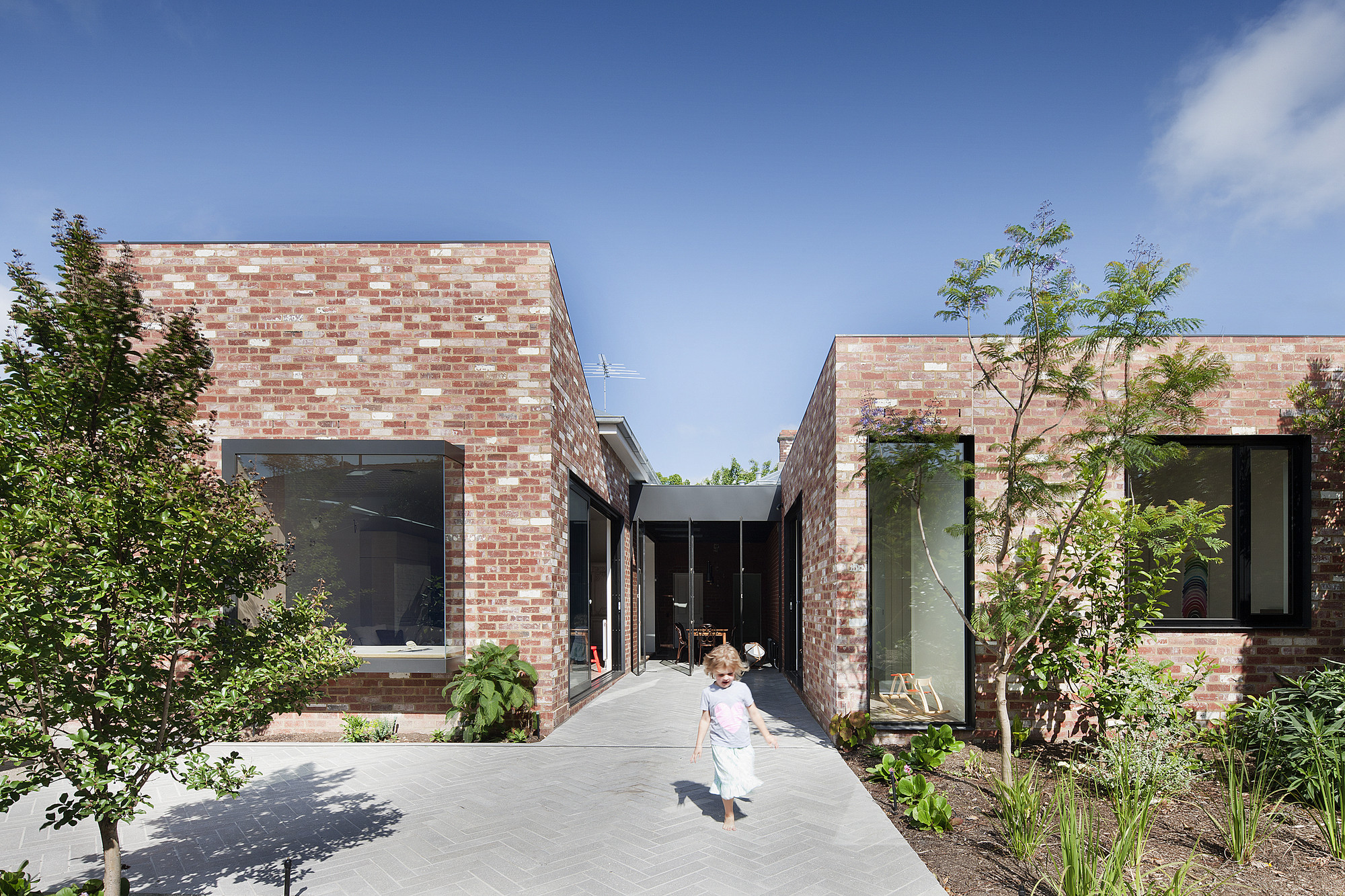 St Kilda East House / Clare Cousins Architects, © Shannon McGrath