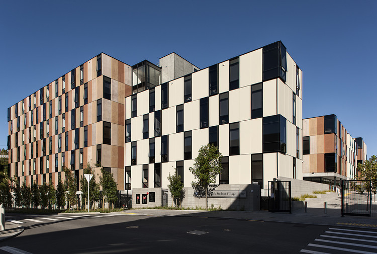 Carlaw Park Student Accommodation / Warren and Mahoney, © Simon Devitt