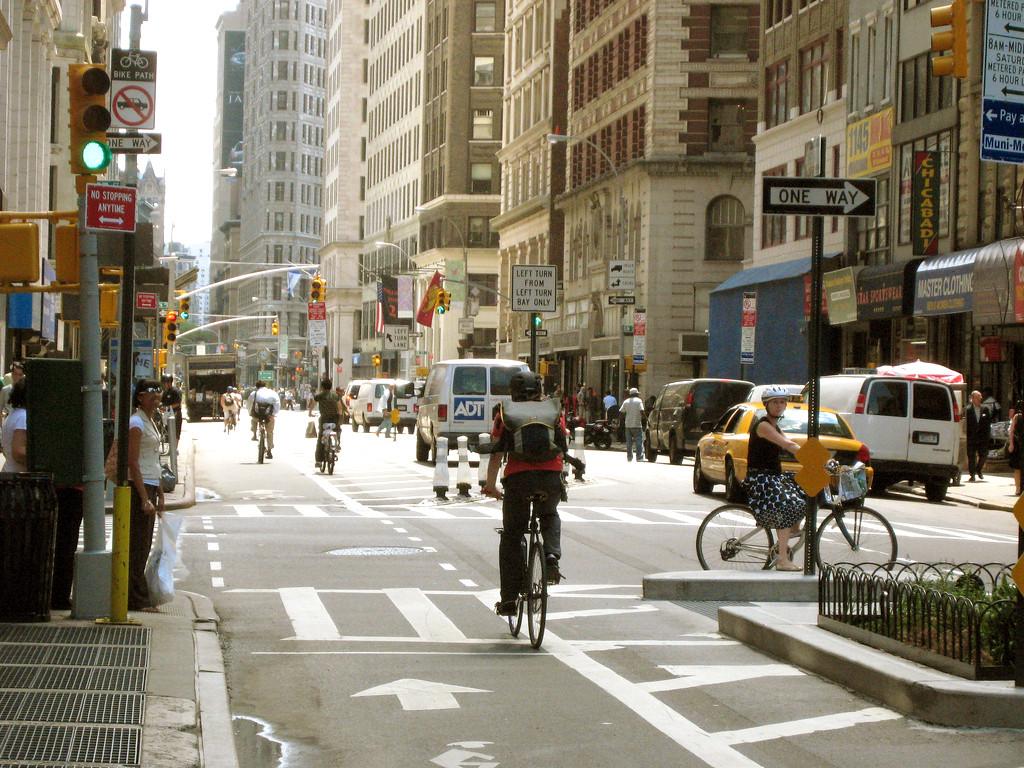 NY lança competição de aplicativos que melhorem a segurança no trânsito , Courtesy of © Design for Health, via Flickr