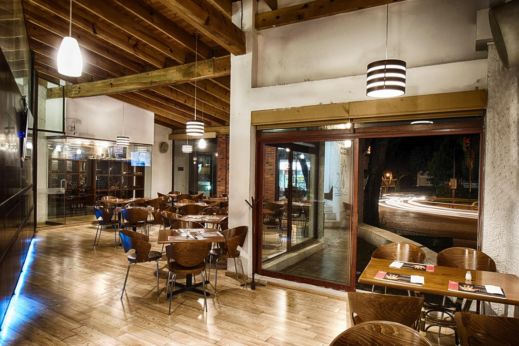 Restaurante asadero cien almanza studio plataforma for Restaurante arquitectura