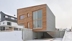 Single-family house in Groharjevo / 3biro