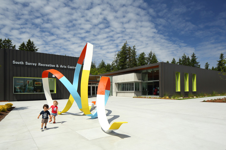 South Surrey Recreation & Arts Centre / Taylor Kurtz Architecture+Design, © Ema Peter