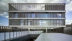 Edificio MAKRO  / Enrique Bardají & Asociados