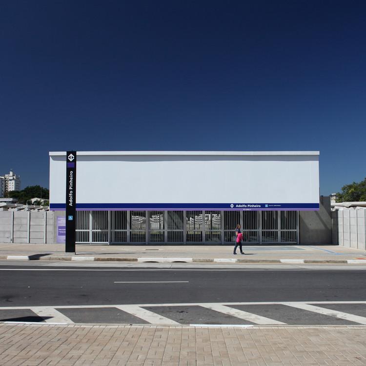 Estação Adolfo Pinheiro / Roberto Mac Fadden e Mariana Viégas, © Bebete Viégas
