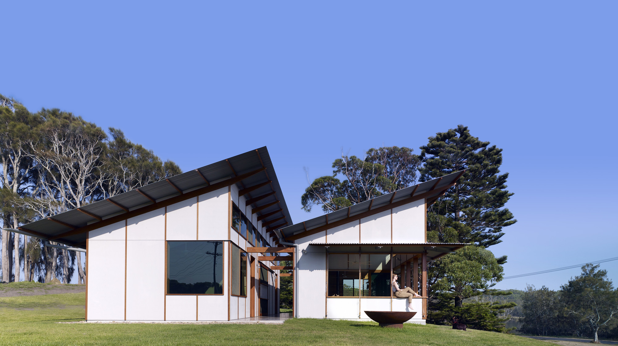 Picture of: The Dogtrot House Dunn Hillam Architects Archdaily