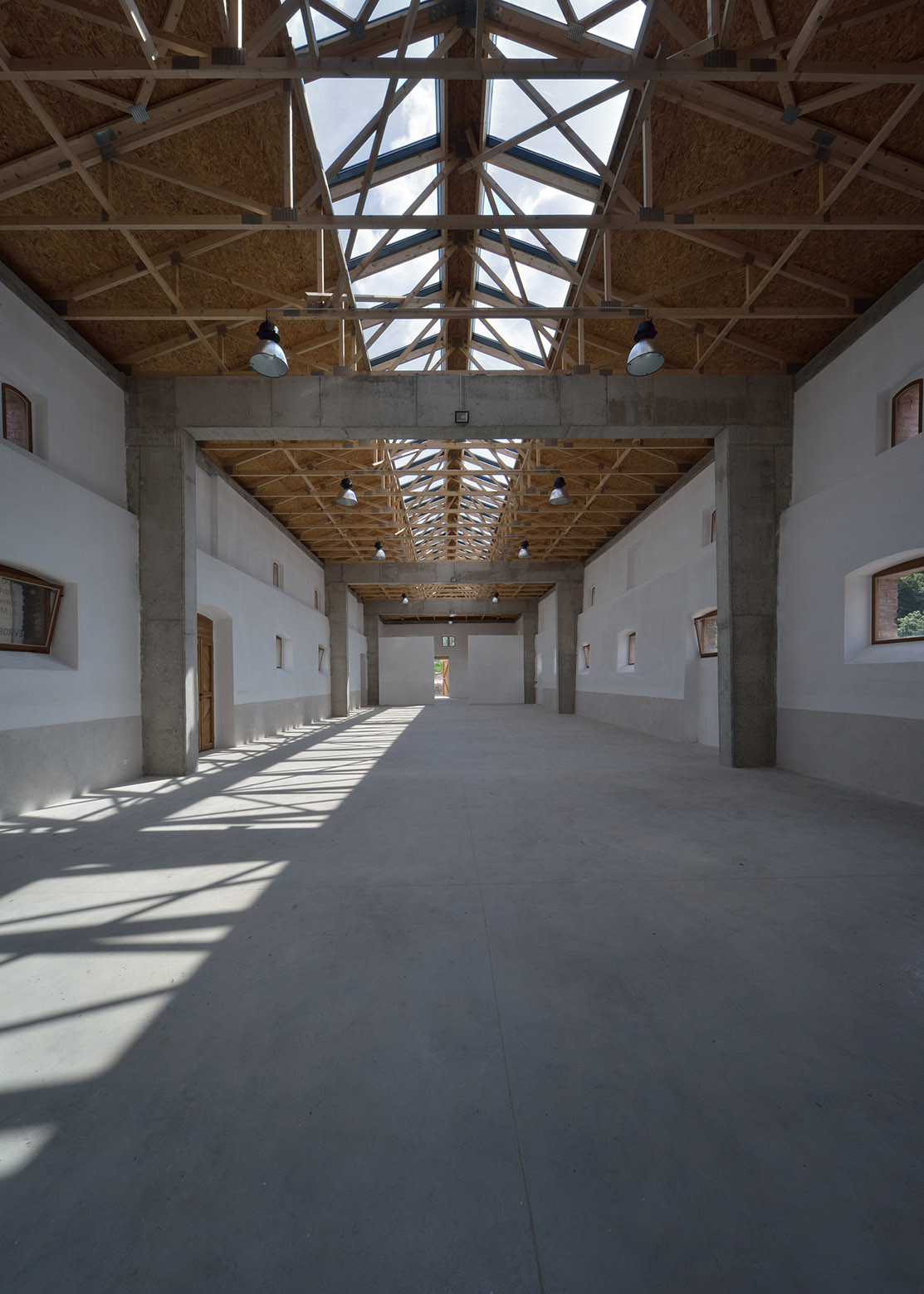 Horse Stable Refurbishment    3 1 Architekti