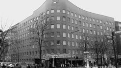 Clásicos de Arquitectura: Residencia Schlesisches Tor (Bonjour Tristesse) / Álvaro Siza Vieira + Peter Brinkert