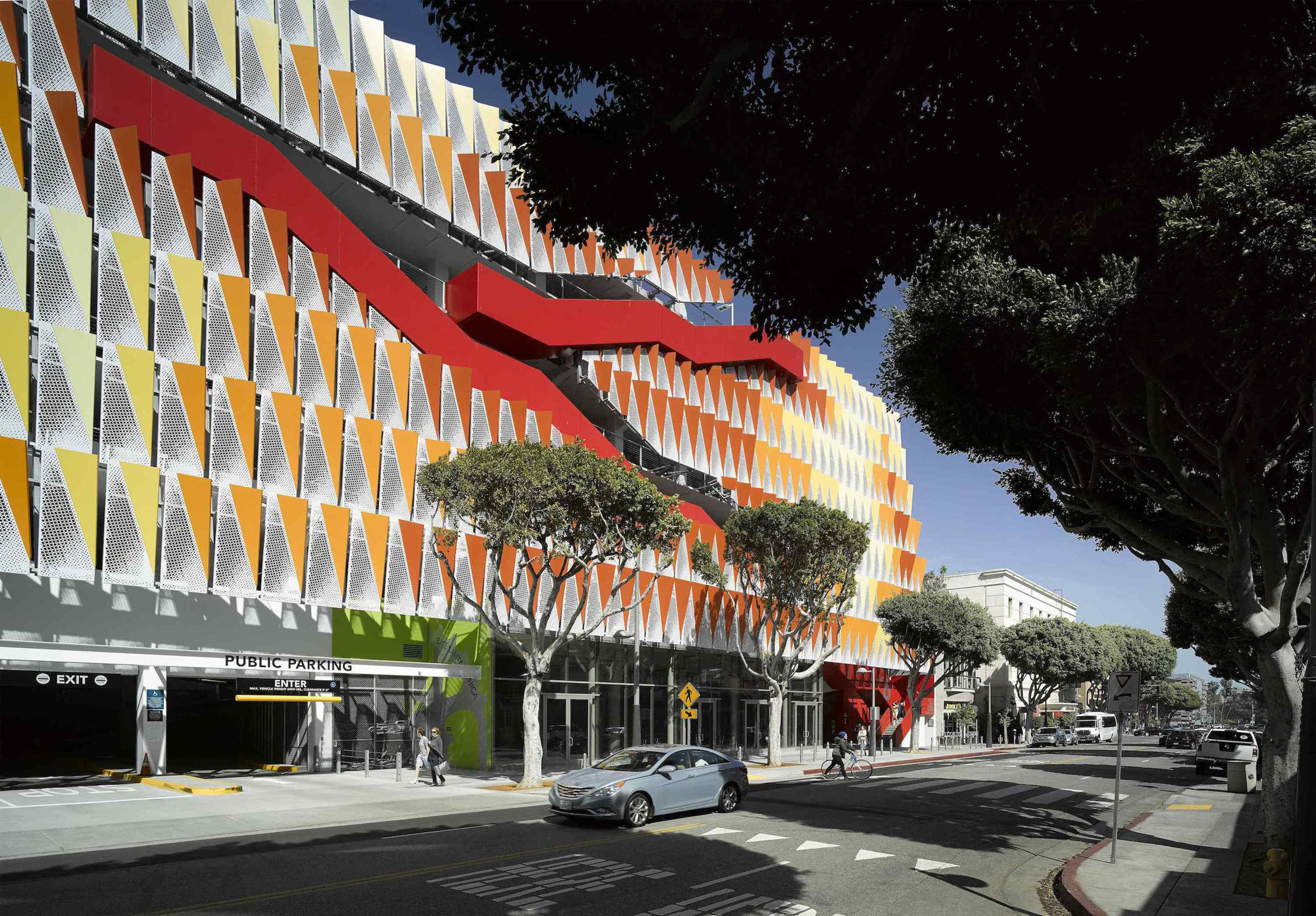 city of santa monica parking structure 6 behnisch architekten