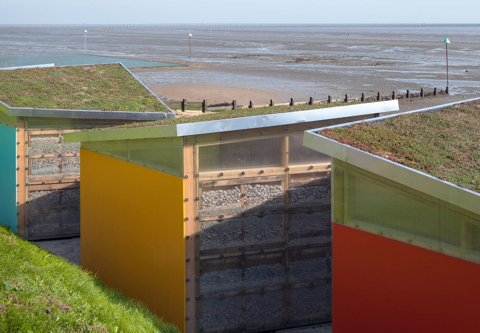 Galer a de nuevas casetas de playa pedder scampton 14 for Casetas de plastico para jardin
