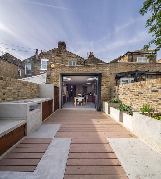 Concrete House / Studio Gil, © Simon Kennedy