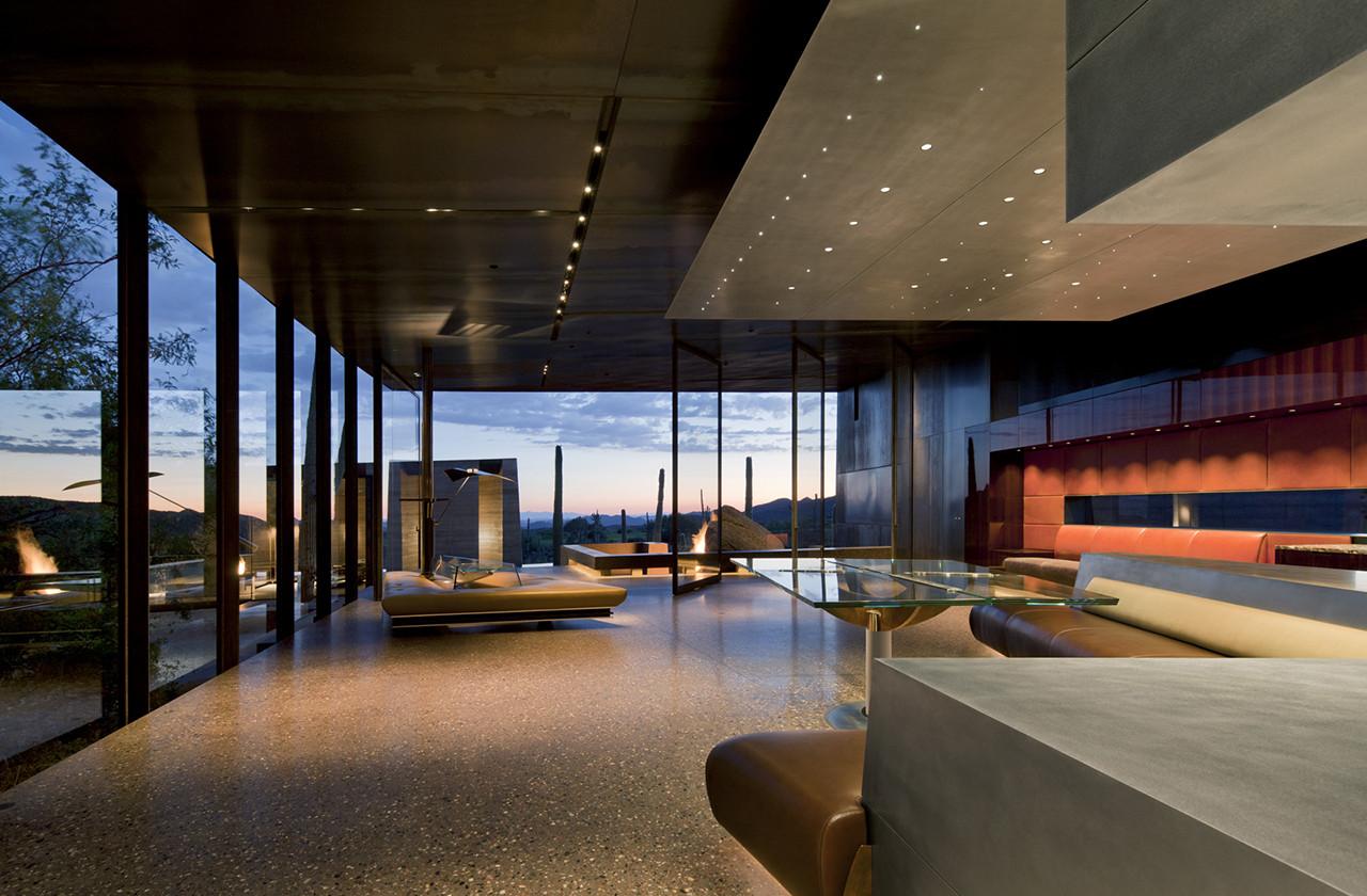 Gallery of Desert Courtyard House / Wendell Burnette Architects  - 2