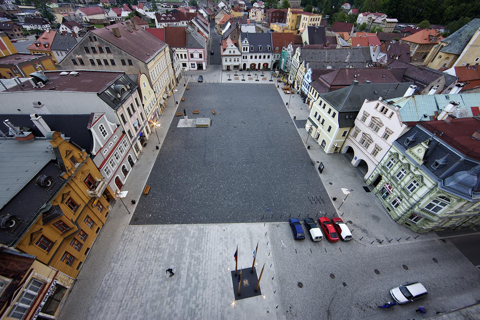 Reconstrução da praça em Frydlant / Balda Jand'ourek architects, © Aleš Jungmann, Jiří Jiroutek