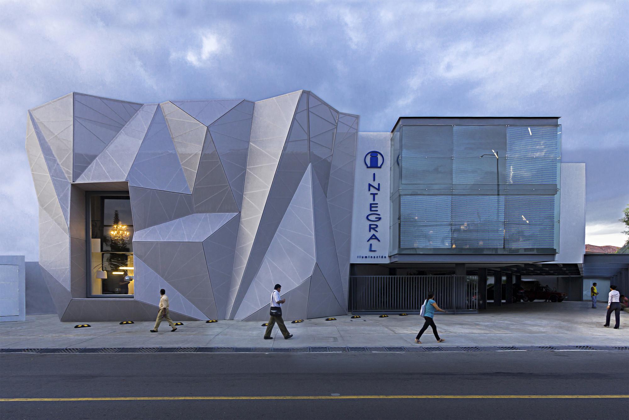 Integral Iluminación Commercial Building  / Jannina Cabal, © Juan Alberto Andrade