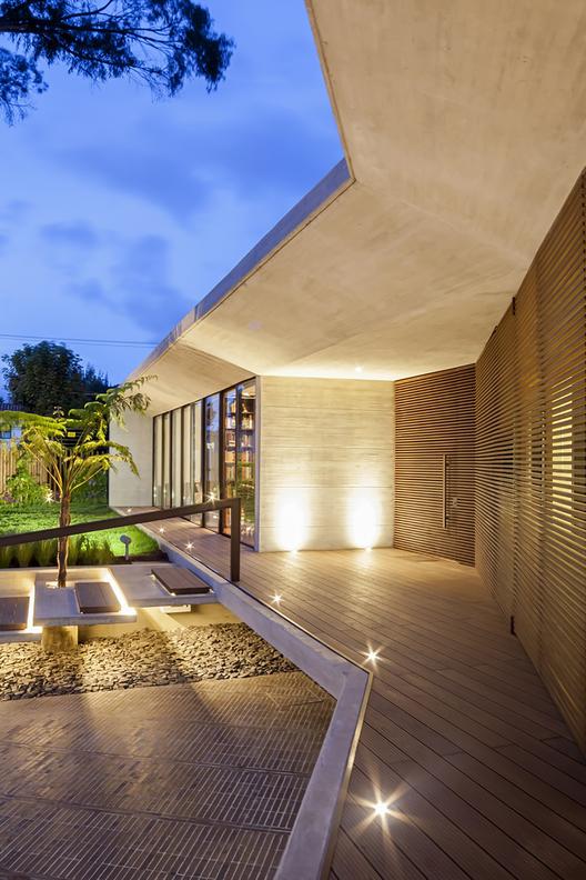H_h_arquitectos_casa_cr_(16)