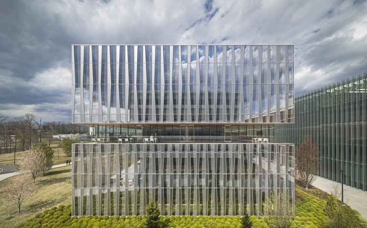 Novartis Campus / Weiss/Manfredi, Office Building 335. Image © Paul Warchol