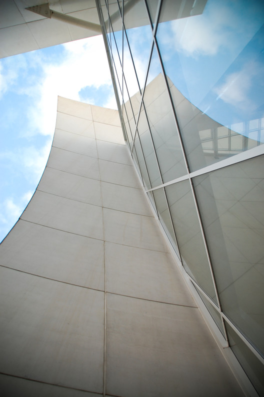 Titanium Dioxide, used to keep Richard Meier's Jubilee Church a crisp white, is now being looked at for pollution reduction at The University of California - Riverside. Image © Flickr User Rory MacLeod